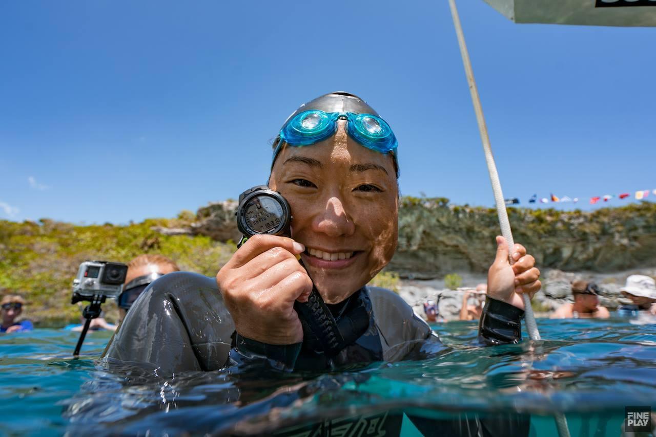 フリーダイビング国際大会で木下紗由里選手が 日本人初の「世界記録」を樹立