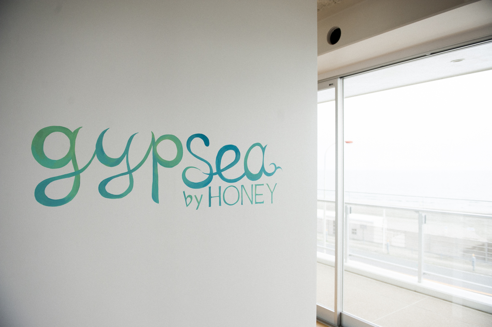 GYPSEA by HONEY