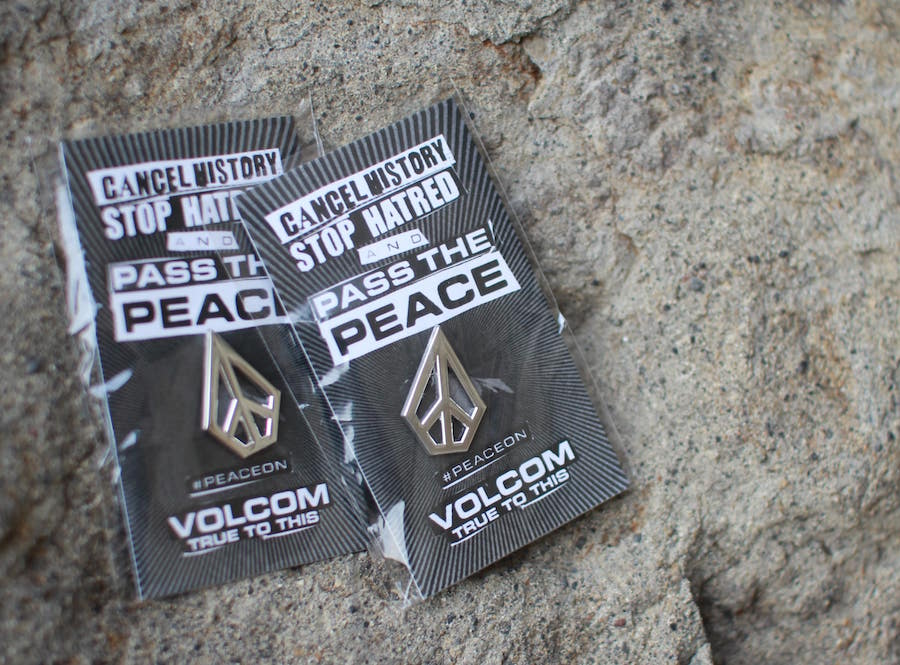 VOLCOM PEACE STONE LAPEL PINS(SILVER)