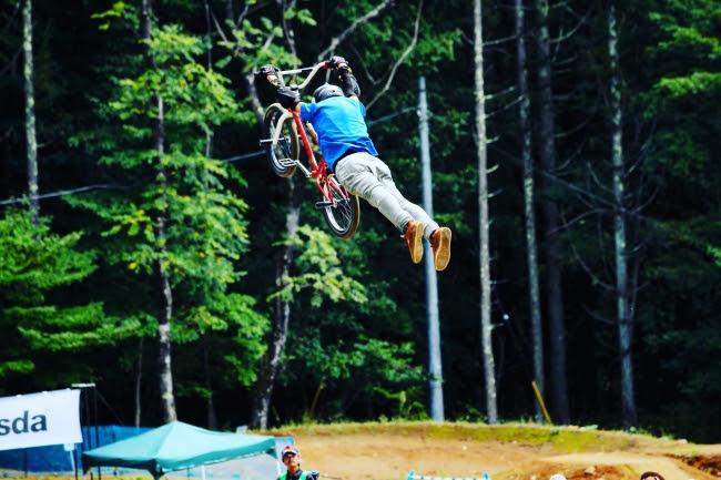 BMX Dirt Jump(ダートジャンプ)