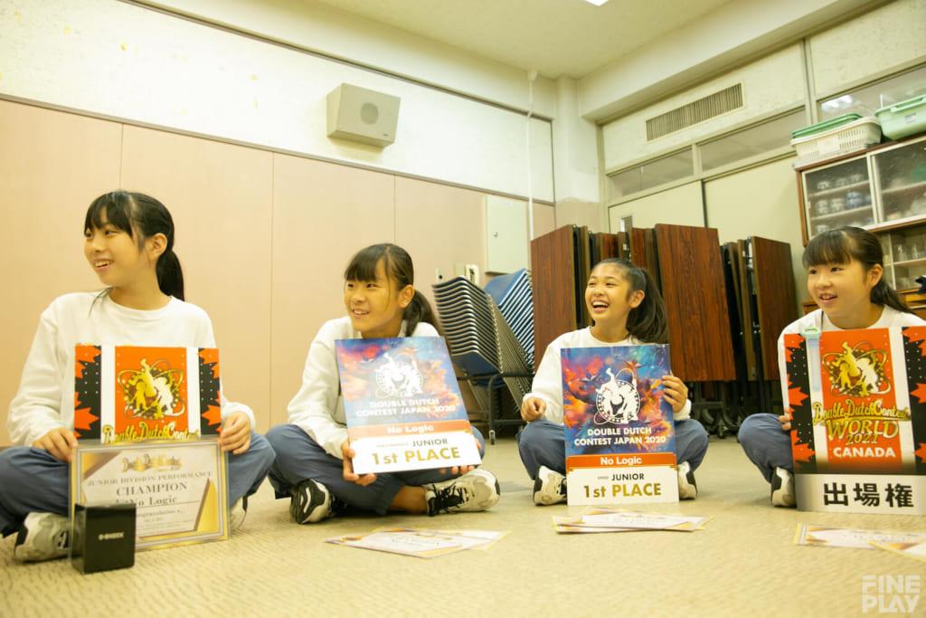No Logic 写真左からYu-Yu、SUZU、Pico、NoNo / photo by HAMASHOW