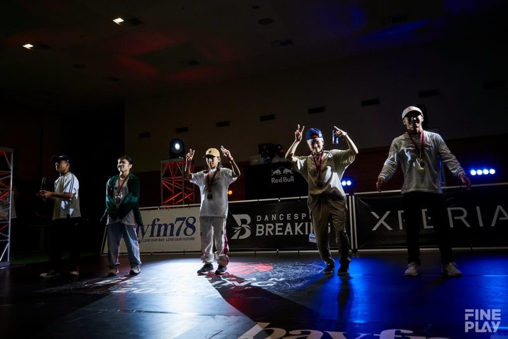 優勝者たち:写真左からBBOY Raion、BGIRL Yuika、BBOY tsukki、BGIRL AMI、BBOY Shigekix photo by AYATO.