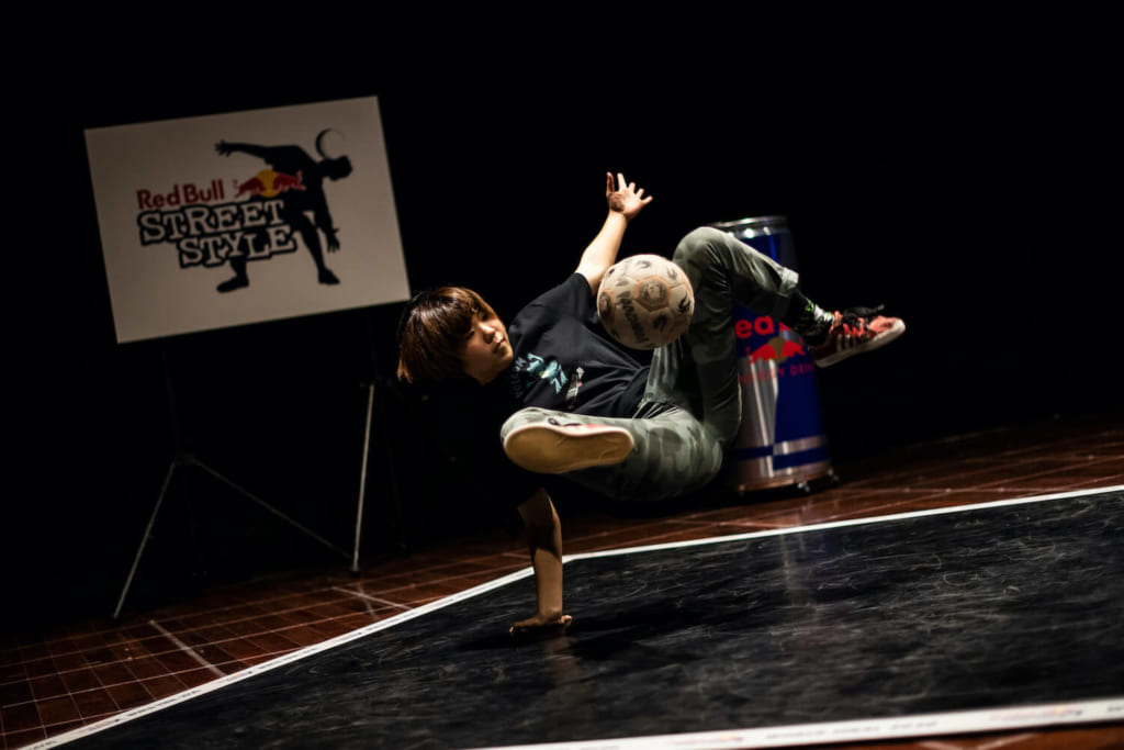 Miharu(Red Bull Street Style 2020 Japan) ©︎Jason Halayko/Red Bull Content Pool